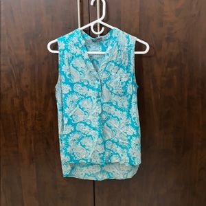 Market and Spruce sleeveless top - size M